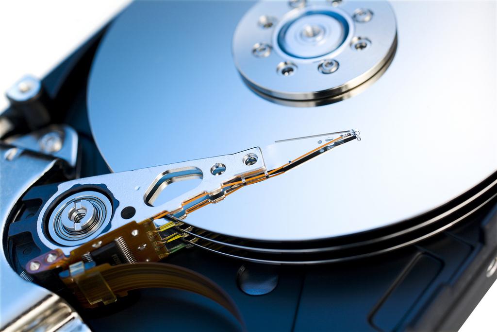 Odzyskiwanie danych z telefonu różnice pomiędzy darmowym programem a doświadczonym serwisem.